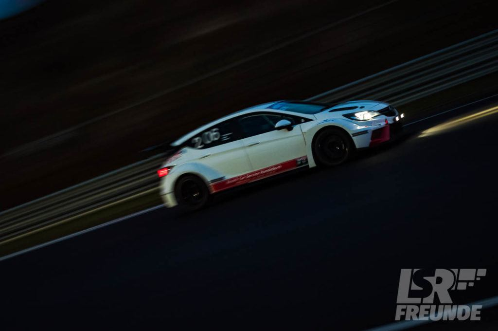 Raphael Hundeborn Opel Astra TCR Zandvoort Neujahrsrennen 2018