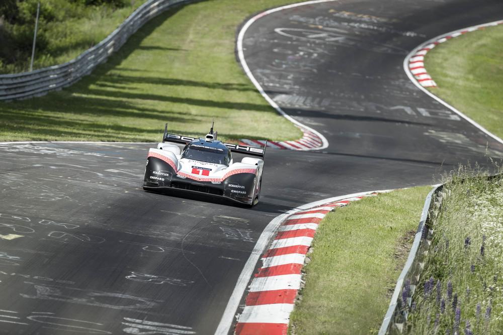 Porsche 919 Hybrid Evo Nordschleife 2018 Rekordfahrt 5:19,55