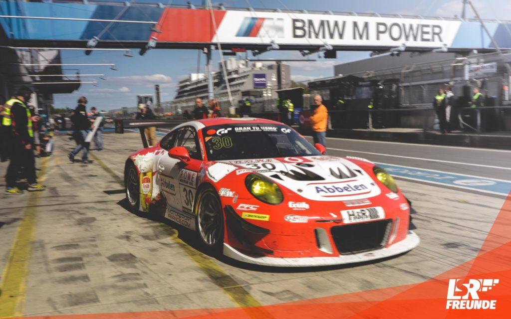Frikadelli Racing Porsche 911 GT3 #30 VLN5 2018