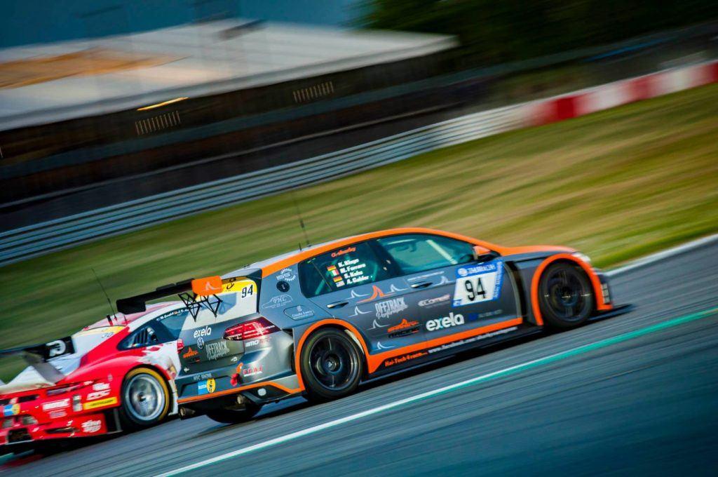 Offtrack Performance / Sharky Racing N24h 2018 24h-Rennen Nürburgring VW Golf 7 GTi TCR #94