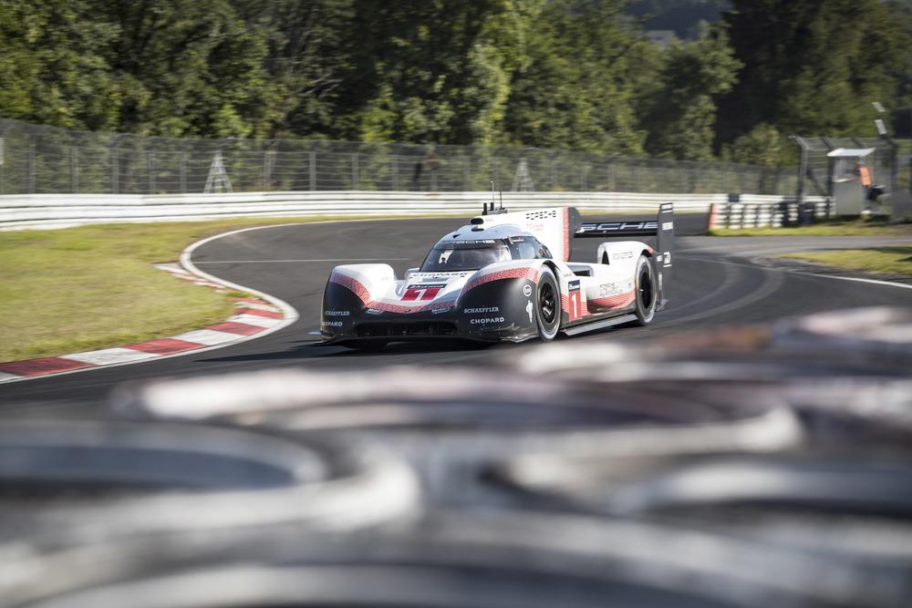 Porsche 919 Hybrid Evo, Porsche LMP Team: Timo Bernhard, Nürburgring-Nordschleife