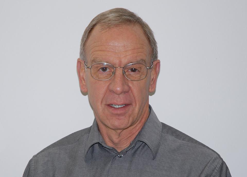 Dr. Robert Hubbard
