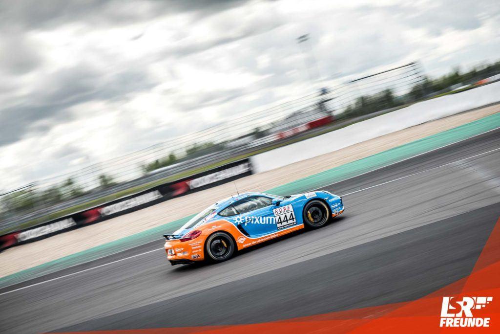 PIXUM Adrenalin Motorsport Porsche Cayman V5