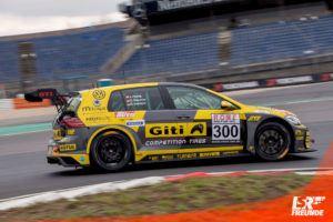 Giti-VW-Golf-GTI-TCR