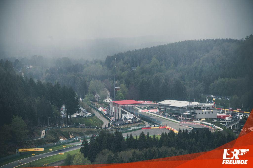 Schneeschauer in Spa-Francorchamps