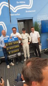 Romain DUmas fährt Rundenrekord auf der Nürburgring Nordschleife im VW ID.R