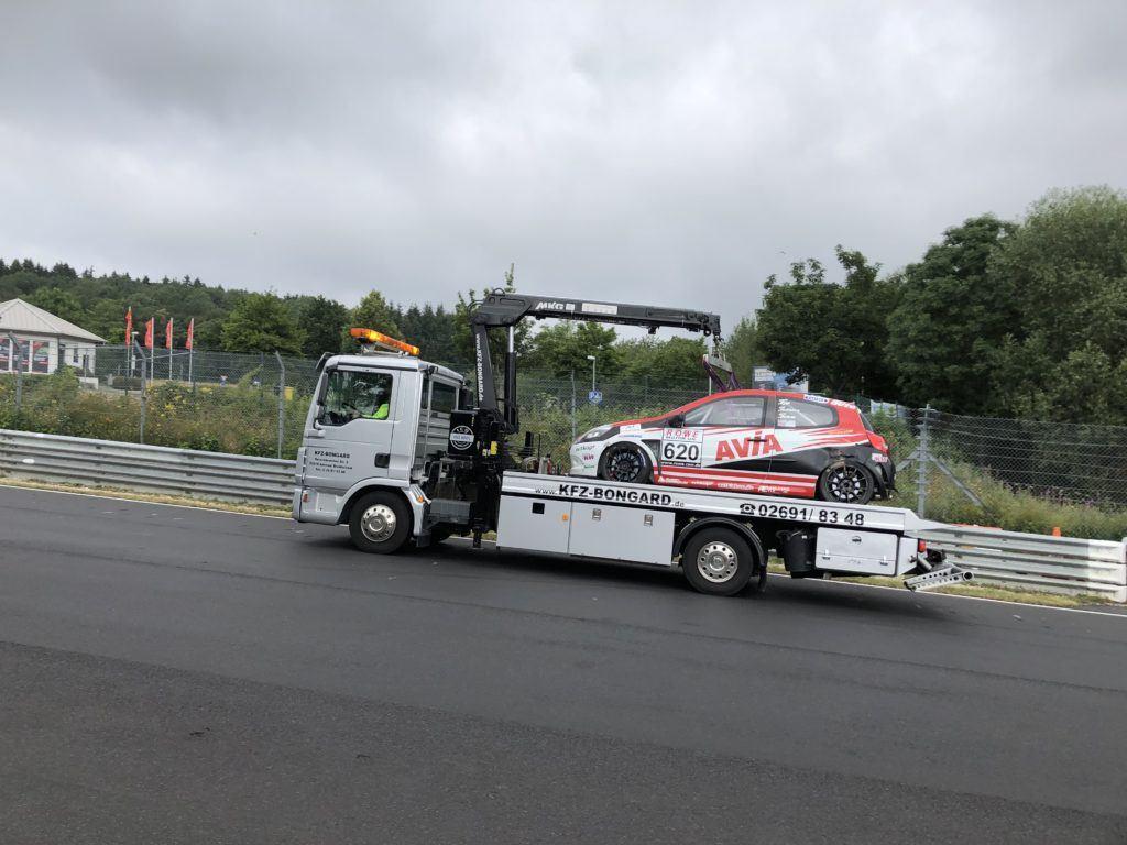 AVIA racing Renault Clio auf dem Rückweg - VLN 4 Nürburgring