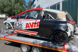 AVIA Racing Renault Clio Fertig für den Lackierer
