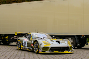Zakspeed Dodge Viper #13 vor LKW