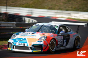 Four Motors Porsche 911 GT3 Cup #320 VLN 9 2019