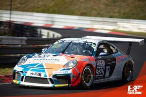 Four Motors Porsche 911 GT3 Cup #320 VLN 9 2019