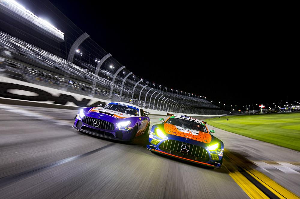 Mercedes-AMG GT3 und der Mercedes-AMG GT4 beim ROAR-Test in Daytona