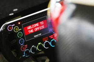 Ginetta Cockpit stilisiert den Einstieg ins Werksfahrerprogramm