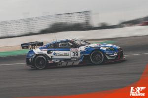 KCMG Nissan GT-R NISMO GT3 #39