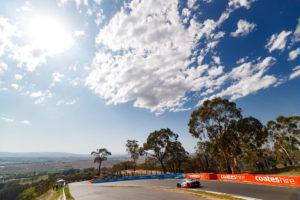 Audi R8 LMS #22 (Audi Sport Team Valvoline), Mirko Bortolotti/Christopher Mies/Garth Tander