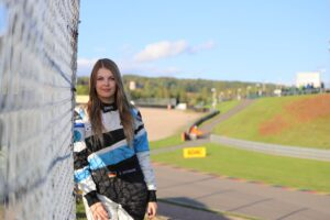 Sophie Hofmann Superdrink by Car Republic DTM Trophy 2020