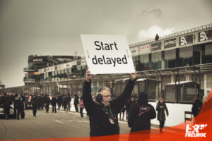 Symbolfoto Start delayed