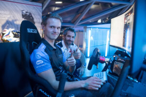 BMW SIM LIVE, Sim-Racing, Simulator, Gaming, BMW Welt, Alexander Voß, Timo Glock.