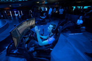 BMW SIM LIVE, Sim-Racing, Simulator, Gaming, BMW Welt, Laurin Heinrich.