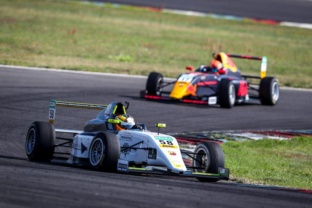ADAC Formel 4, Testfahrten Lausitzring 2020 - Foto: Gruppe C Photography; #58 F4 Tatuus, US Racing - CHRS: Elias Seppaenen