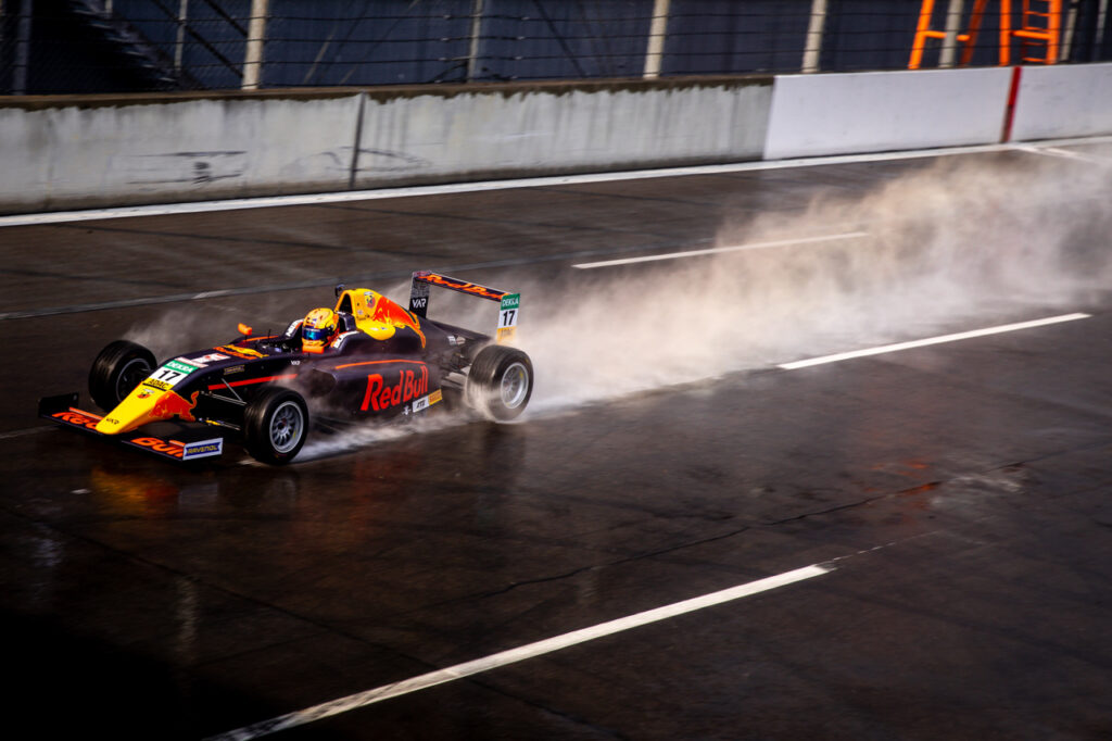 ADAC Formel 4, Lausitzring Test, Van Amersfoort Racing, Jonny Edgar