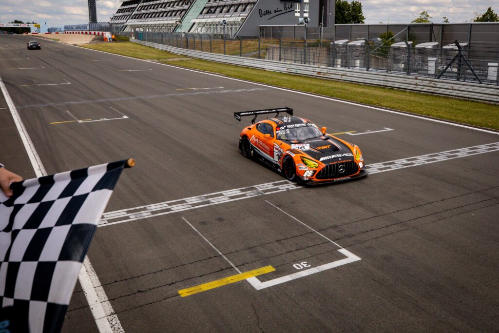 NLS 3. Lauf 2020, 52. ADAC Barbarossapreis, Nürburgring-Nordschleife - Foto: Gruppe C Photography; #016 Mercedes-AMG GT3, Team HRT: Maro Engel, Manuel Mezger, Adam Christodoulou, Luca Stolz