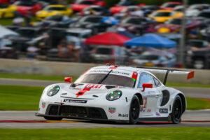 Porsche 911 RSR, Porsche GT Team (#911), Frederic Makowiecki (F), Nick Tandy (GB) IMSA