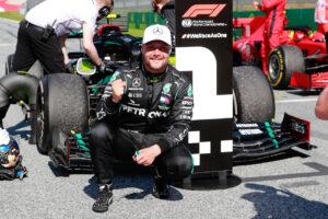 Das Mercedes-AMG Petronas F1 Team und Valtteri Bottas gehen gemeinsam in die Saison 2021