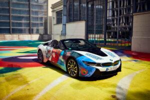 "BMW i8 Roadster ""United in Rivalry"" Berlin Brawl - Esports Teamfahrzeuge"