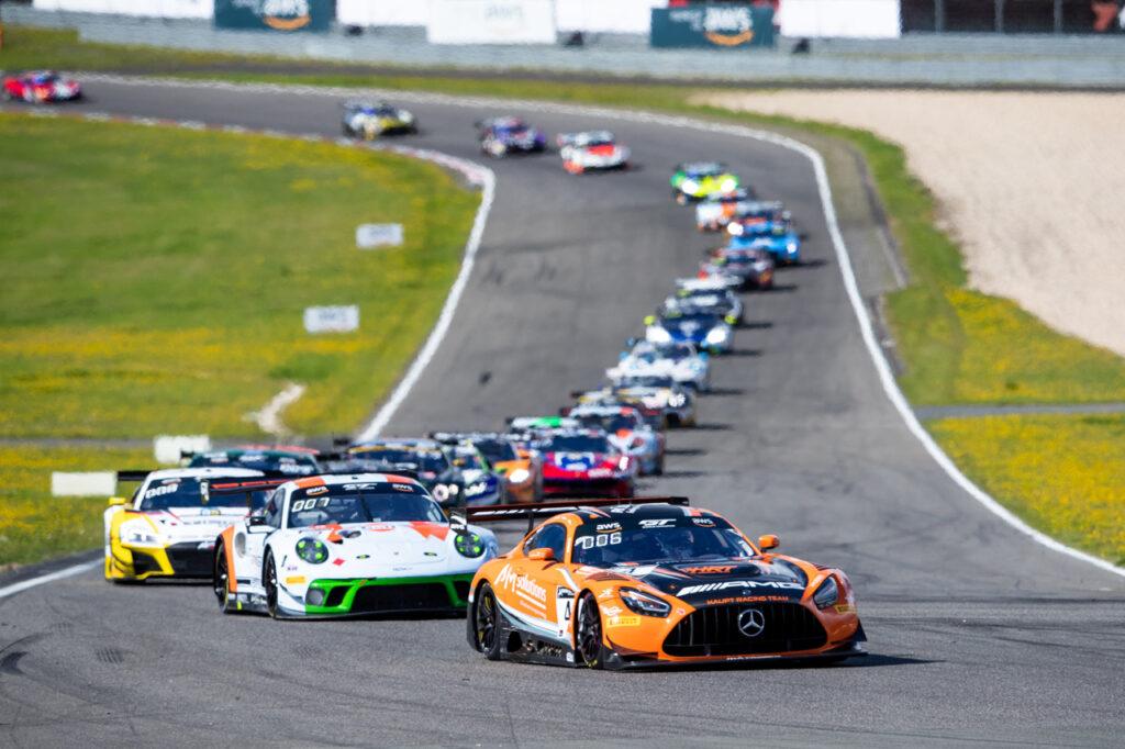 GT World Challenge Europe - Endurance Cup, Round 3 - Nürburgring 2020 #4 Mercedes-AMG GT3, HRT: Maro Engel, Luca Stolz, Vincent Abril