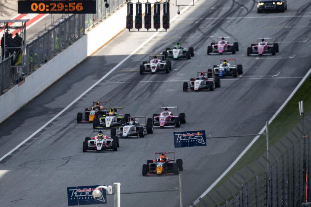 ADAC Formel 4, 13. + 15. Lauf Red Bull Ring 2020 - Foto: Gruppe C Photography; #17 F4 Tatuus, Van Amersfoort Racing: Jonny Edgar