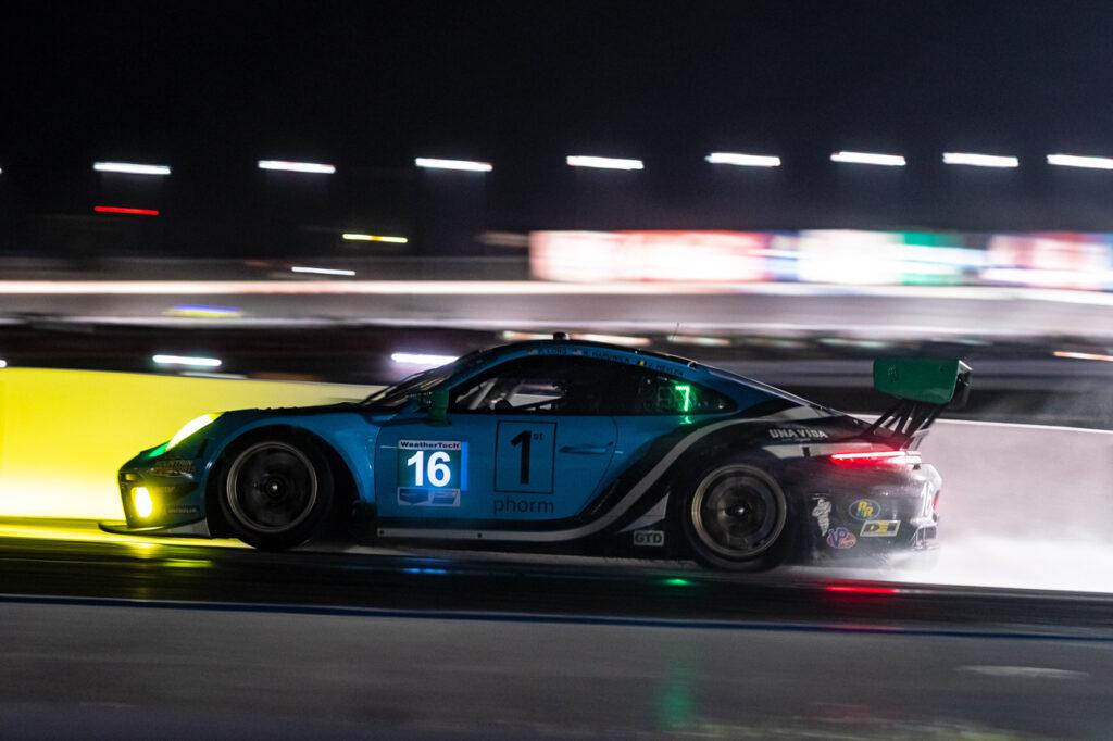 2020 IMSA - Charlotte Porsche 911 GT3 R, Wright Motorsports (#16), Patrick Long (USA), Ryan Hardwick (USA)