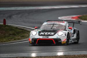 ADAC GT Masters - 13 + 14. Lauf Oschersleben 2020 - Foto: Gruppe C Photography; #17 Porsche 911 GT3 R, KUES Team75 Bernhard: Simona De Silvestro, Klaus Bachler