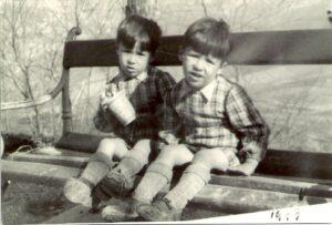 Aldo und Mario Andretti Zwillinge