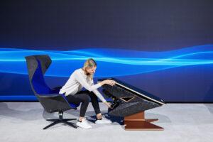 SIM Live, event, show, Fusion SL Concept, Sedus, BMW Designworks, design, table, sim rig, Wooom Chair.
