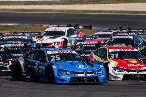 25 Philipp Eng (AUT, BMW Team RBM, BMW M4 DTM), 31 Sheldon van der Linde (RSA, BMW Team RBM, BMW M4 DTM), 2020 DTM Lausitzring;