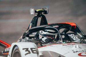 Porsche 99X Electric (#36), André Lotterer FIA ABB Formula E Diriyah 2021