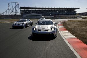 Porsche 911 GT3 Cup, Leon Köhler (D), Porsche 911 GT3 Cup, Christopher Zöchling (D), Porsche 911 GT3 Cup, Carlos Rivas (L), Fahrzeugauslieferung PCCD Nürburgring 24.03.2021