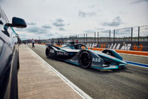 ABB FIA Formula E World Championship, Valencia E-Prix, Kevin Siggy, BMW Team Redline, Race at Home Challenge, Gen2, test drive.
