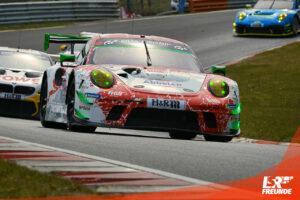 Frikadelli Racing Porsche 911 GT3 R NLS3 2021