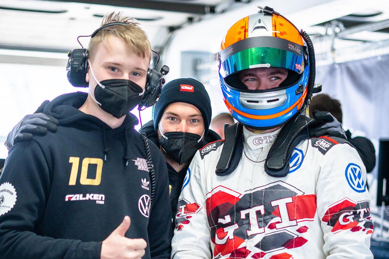 Max Kruse Racing DMV NES 500 Marek Schaller und Marius Rauer